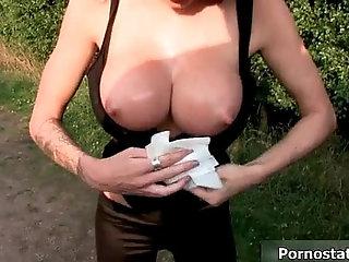 British sluts love dogging in the woods